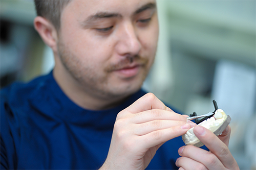 technician measuring model